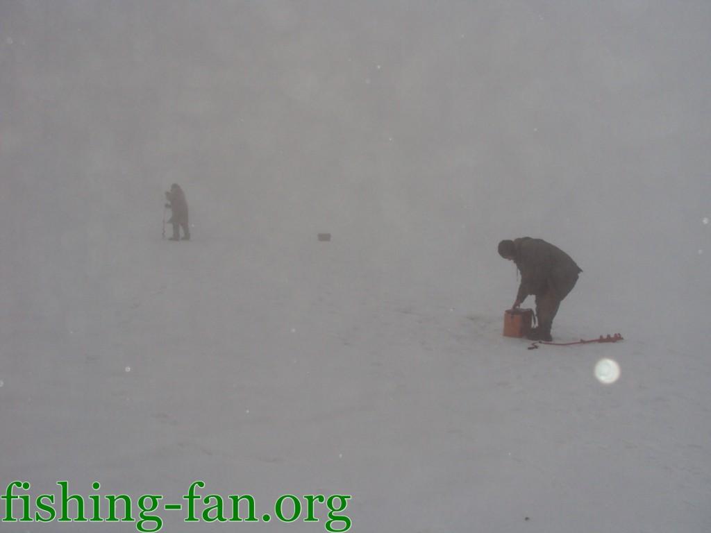 Зимняя рыбалка в Украине