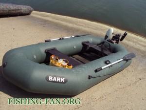 рыбалка с лодки на спиннинг осенью
