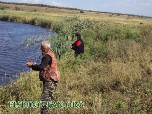 рыбалка осенью на спиннинг на речке