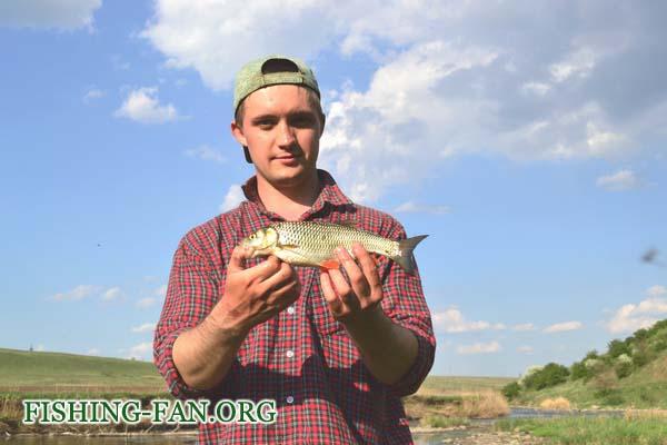рыбалка весной на речке в Донецкой области