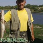 Дневник рыбака 25 08 12 г. Ловля щуки на спиннинг в Донецкой области на реке Волчья.