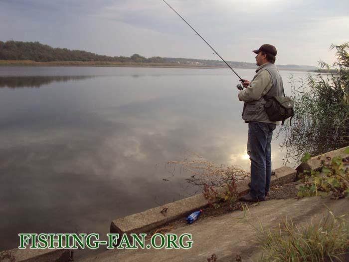 Ловля судака на спиннинг на водоеме с.Константиновка, Донецкой области
