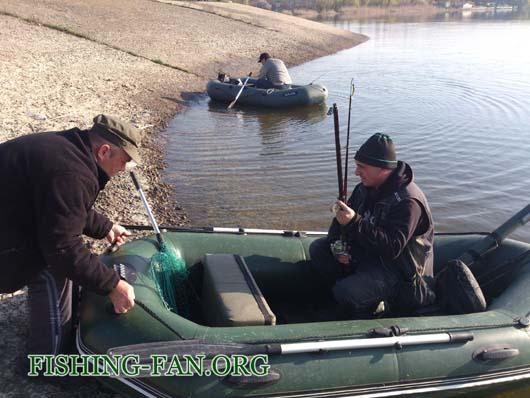 Ловля с лодок на спиннинг на Курахово