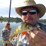 Дневник рыбака 08 06 2013 г. Ловля окуня, щуки на спиннинг с лодок на водоеме верхняя Карловка.