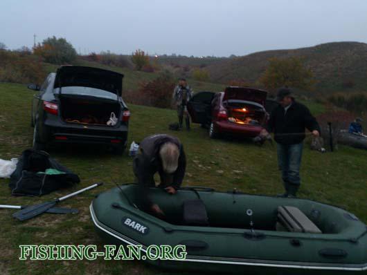 Ловля судака на спиннинг с лодок в Донецкой области осенью